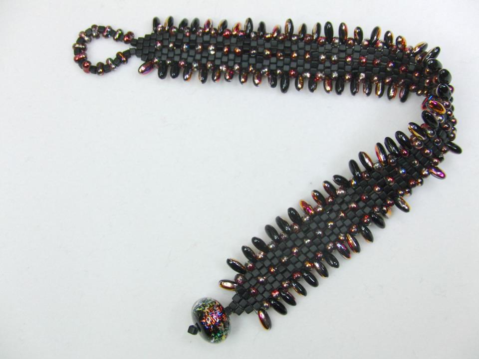 Peyote Stitch with Rizo and Farfalle Beads